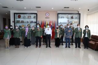 Penandatangan Kerjasama SEAMEO SEAMOLEC dengan FIKES UPN Veteran Jakarta