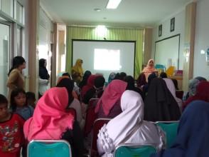 Kegiatan Pelatihan Perawatan Payudara dan Edukasi Ibu Hamil Mengenai ASI Ekslusif