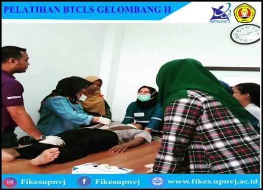 Pelatihan Basic Trauma Cardiac Life Support Gelombang 2 Fakultas Ilmu Kesehatan Universitas Pembangunan Nasional Veteran Jakarta